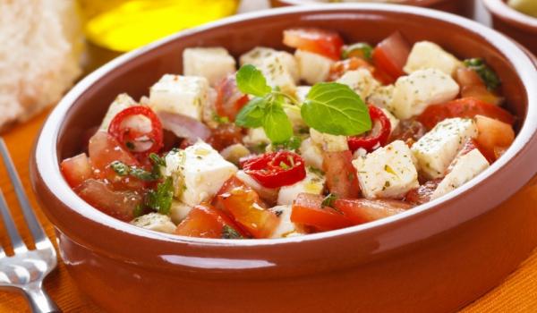Пържени домати със сирене и сметана