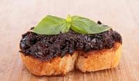 Препечени филийки с маслини