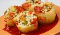 Пълнени пиперки с ориз и зеленчуци