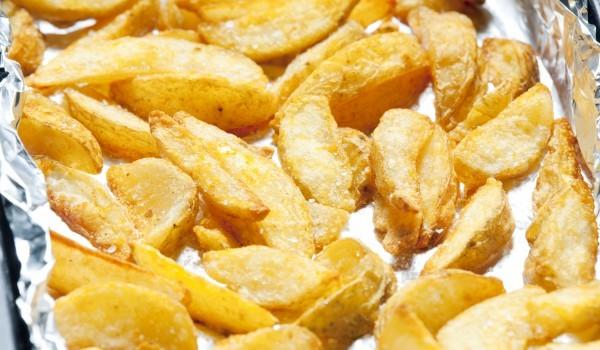 Картофи с галета на фурна