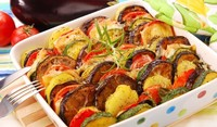 Зеленчукова запеканка с патладжан и тиквички