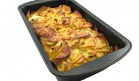 Вкусни картофи на фурна с лук