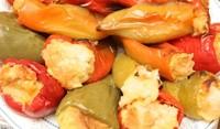 Пълнени чушки със зеленчуци