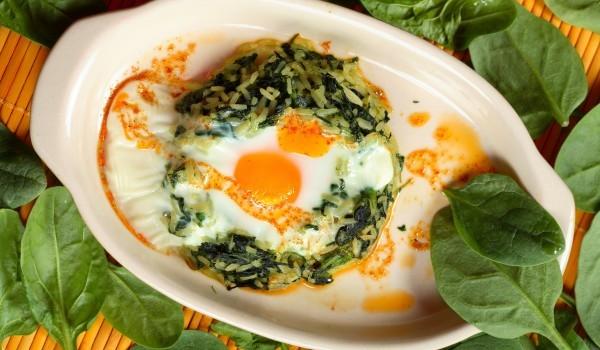 Спаначено гнездо с яйца