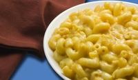 Макарони със сирене и бульон