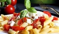 Макарони с Моцарела и домати