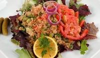 Освежаваща салата с булгур
