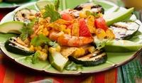 Италианска салата от тиквички и авокадо