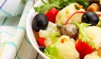 Салата от карфиол и маслини