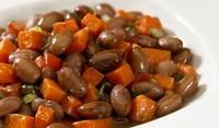 Италианска салата от червен боб