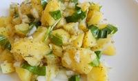Картофена салата с див чесън