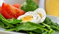 Салата от спанак и яйца