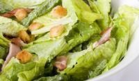 Зелена салата с пуешко филе