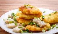 Картофени палачинки със скумрия