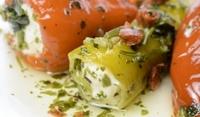 Зелени чушки със сирене