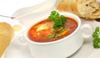 Студена доматена супа с целина