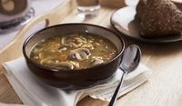 Лютиво-кисела гъбена супа