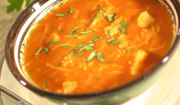 Доматена супа със сирене