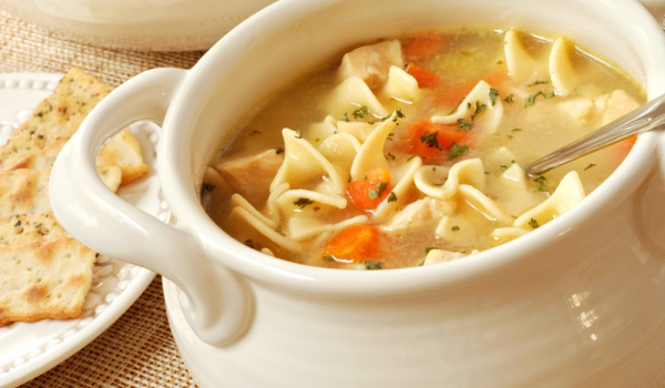 Руска пилешка супа с юфка