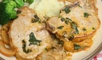 Свински пържоли с броколи и гъби