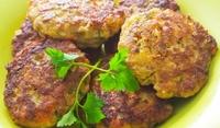 Кюфтета с месо и бадеми