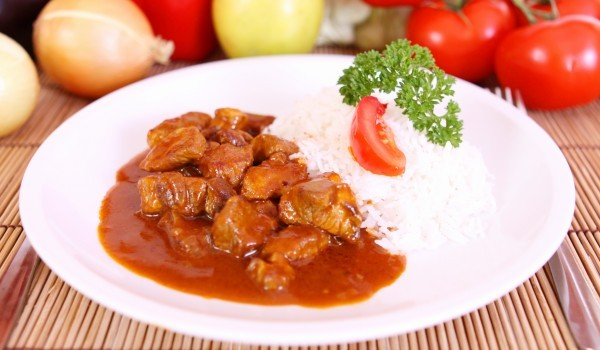 Телешки винен кебап с ориз