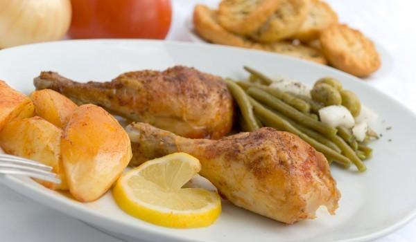 Облечени пилешки бутчета