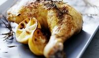 Пилешки бутчета с лимони и вино