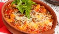 Люто пиле, чушки и доматено ризото