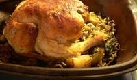 Пълнено пиле с лук и ориз