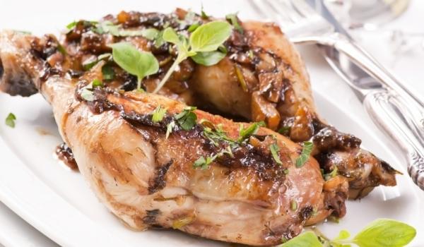 Пиле със зехтин и риган на скара
