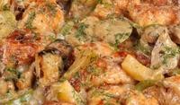Пилешко със зеленчуци и сметана