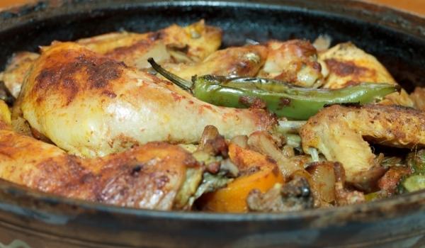 Пиле с гъби и картофи