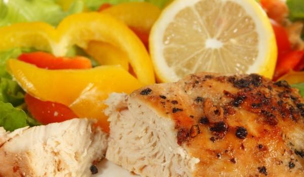 Пилешко месо във вино