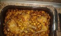 Ароматни пилешки бутчета с картофи