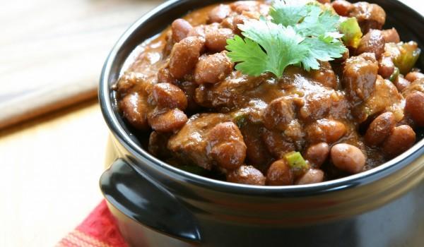 Овнешко месо със зърна от фасул