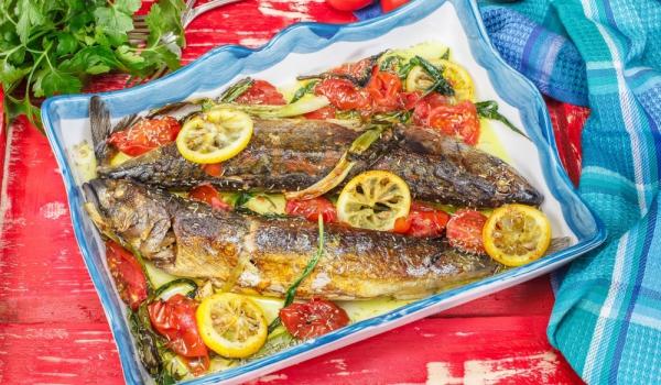 Средиземноморска печена риба