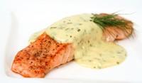 Филе от риба, запечено със сос от сирене