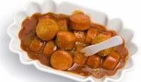 Наденички с къри и доматен сос
