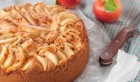 Сладкиш с ябълки и ванилов крем