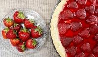 Суров ягодов сладкиш