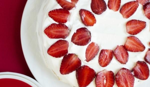 Въздушна торта с мак