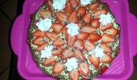 Торта с маскарпоне и ягоди