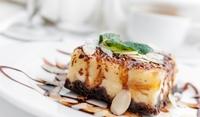 Карамелова бишкотена торта