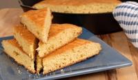 Царевичен хляб със сирене и мащерка
