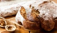Хляб със орехи