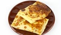 Питки с плънка от сирене и чесън