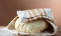 Универсално тесто за мекици и питки