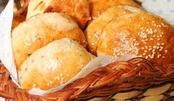 Хлебчета с крема сирене