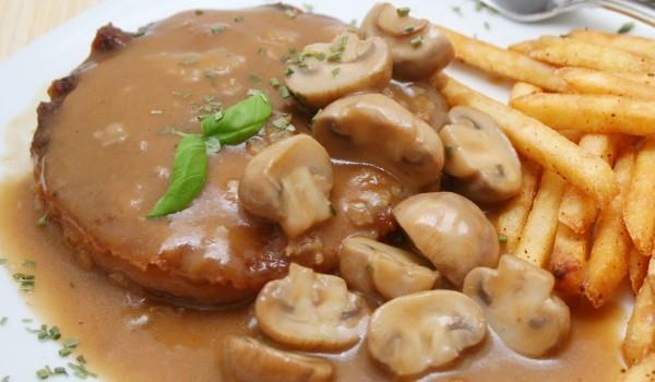Гъбен сос за пържоли
